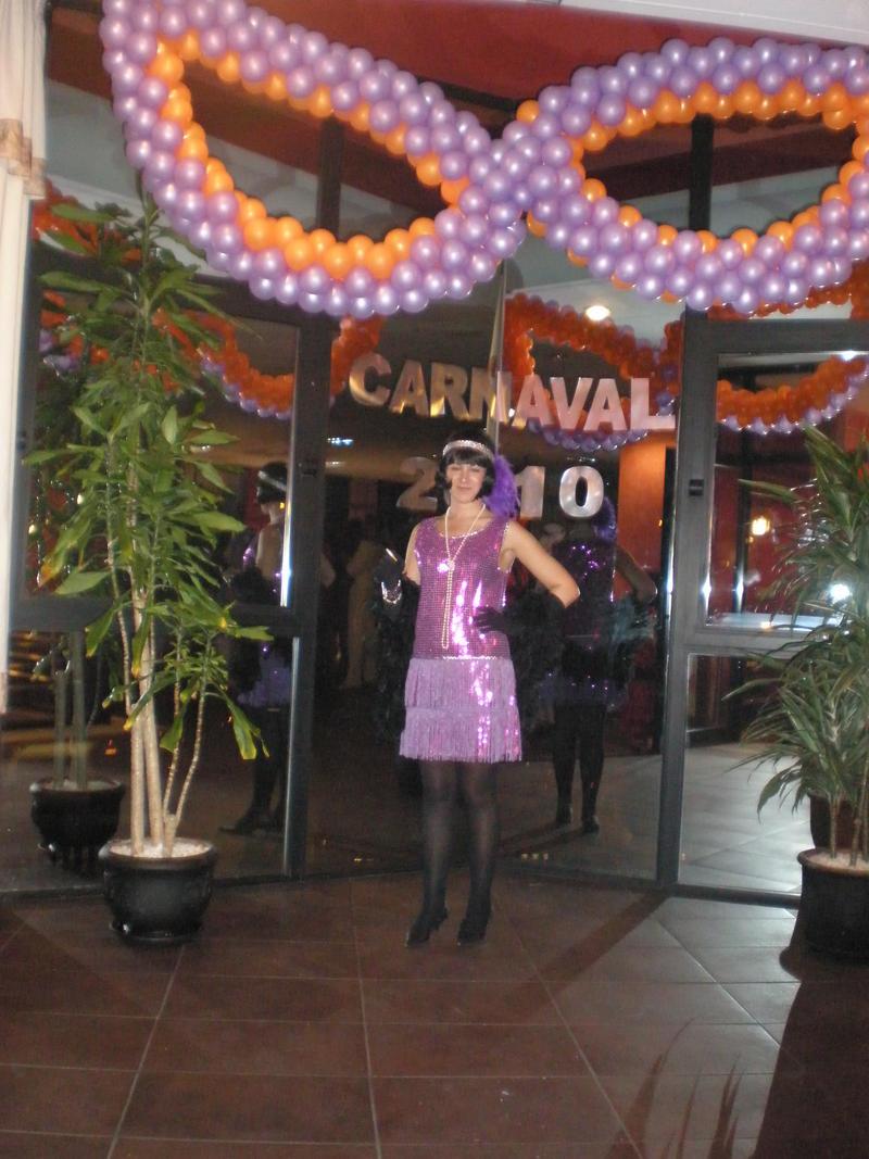Pin decoraciones antifaz para cumpleanos kamistad for Decoracion para carnaval